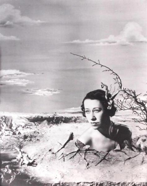 flora-robson-1938-angus-mcbean